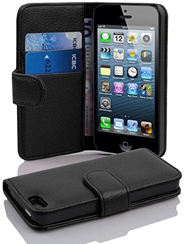Cadorabo Hülle für Apple iPhone 5 / iPhone 5S / iPhone SE in Oxid SCHWARZ – Handyhülle aus Strukturiertem Kunstleder mit Standfunktion und Kartenfach – Case Cover Schutzhülle Etui