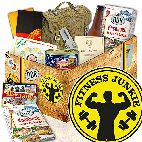 Fitness Junkie / NVA Geschenkset / Fitness Geschenke Frau / DDR Paket